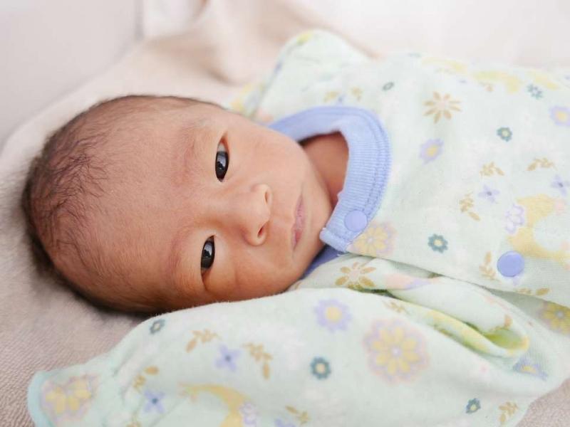 新生儿肚脐有点化脓怎么办新生儿脐带怎么护理